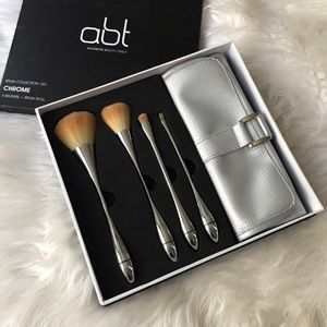 Other - Brush Set with Pouch